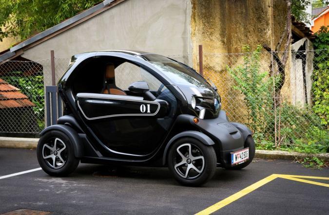 elektricna-mobilnost-renault-z-e--in-conot (1)