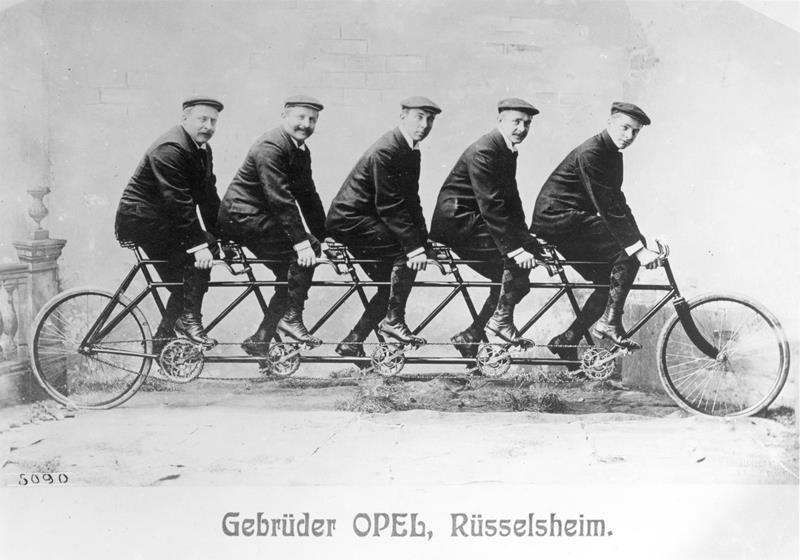 2016 09 01_Obletnica-Opel-koles-2